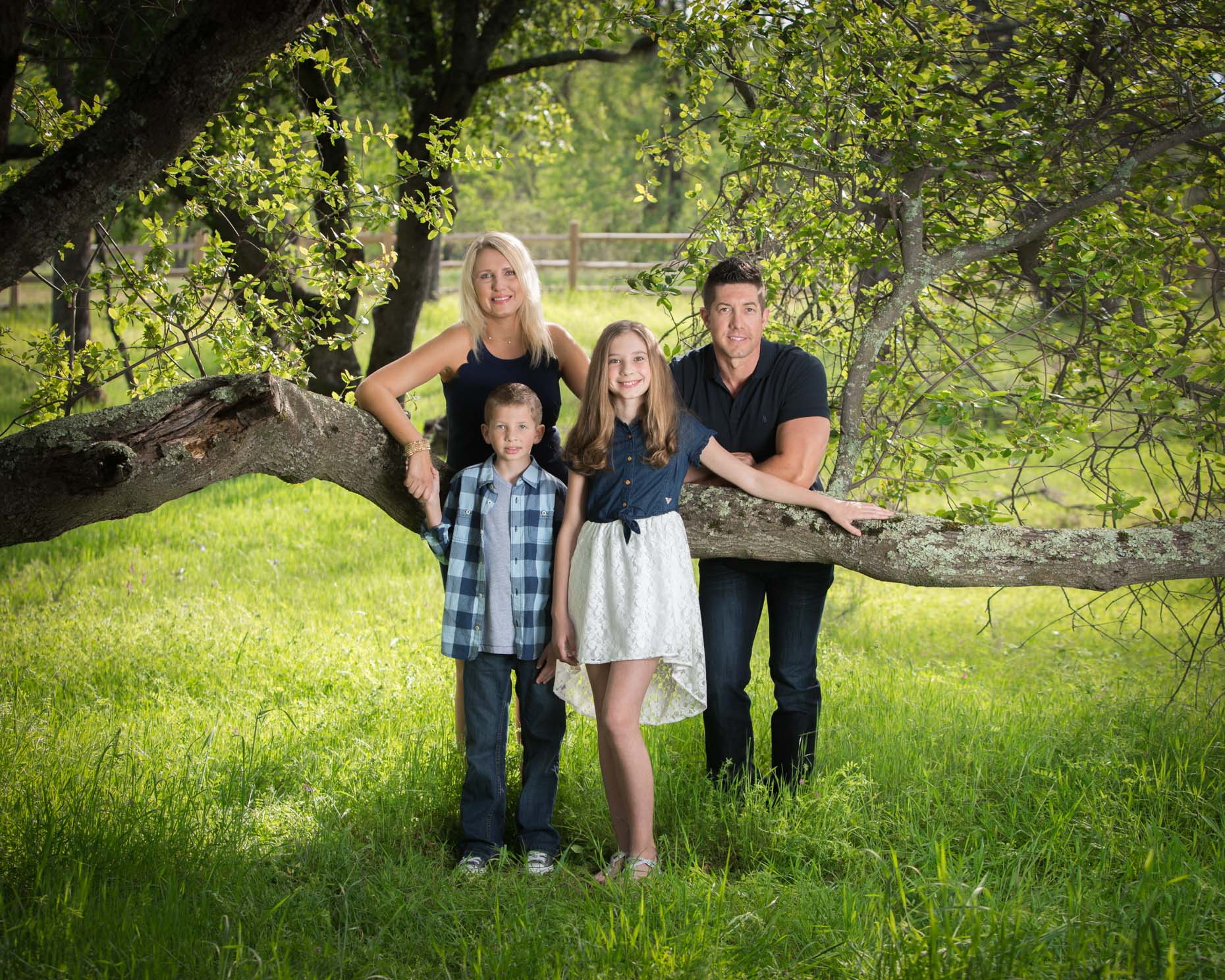 20160402_Heather_Pollet_Family0020-Edit